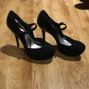 GUESS Mary Janes Black Heels